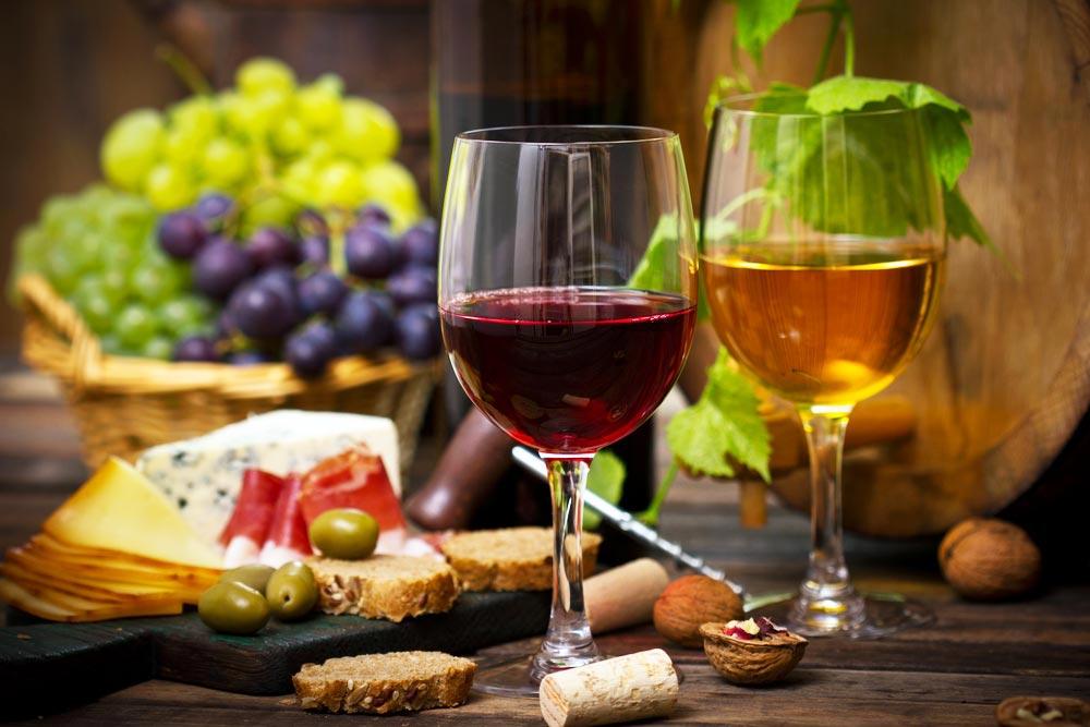 10 Spots To Go Wine Tasting In Los Angeles; Moraga Wines